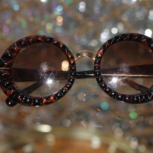 Accessories - Brown Gold Round Glasses